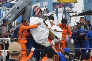 Máy bay Indonesia gặp nạn từng bị rơi 27 giây trong chuyến bay trước