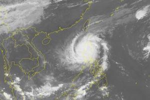 Cập nhật tin bão mới nhất: Bão Yutu gây mưa, gió giật cấp 14 trên Biển Đông