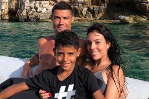 Sang Juventus, Ronaldo lại vừa làm điều 'điên rồ' này