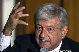 Tổng thống đắc cử Mexico đưa ra quyết định gây tranh cãi