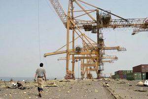 Liên quân do Saudi Arabia đứng đầu điều quân tới cảng Hodeida