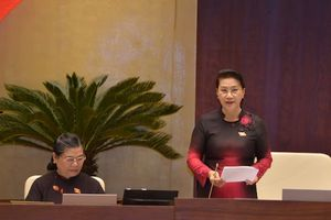 Chủ tịch QH: Quy định trong vụ đổi 100 USD chưa hợp lý phải sửa cho dân nhờ