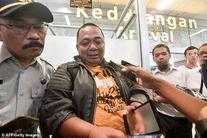 Vụ máy bay Indonesia rơi: Một quan chức thoát chết nhờ tắc đường
