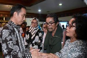 Tổng thống Indonesia yêu cầu lực lượng cứu hộ 'không ngừng' tìm kiếm máy bay JT610