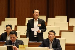 Bộ trưởng Bộ Xây dựng trả lời chất vấn về phát triển nhà ở xã hội