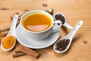 Tìm hiểu cách pha trà nghệ để chống viêm tốt cho cơ thể