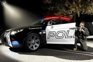 9 chiếc xe cảnh sát tuyệt vời nhất thế giới