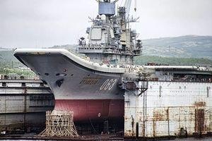 Ụ nổi 'cõng' tàu sân bay Kuznetsov của Nga bất ngờ chìm nghỉm xuống đáy biển