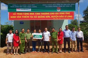 FE CREDIT trao tặng nhà tình thương, đồng hành cũng người dân nghèo tại tỉnh Đắk Nông