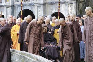 Hành trình tìm về nguồn cội của thiền sư Thích Nhất Hạnh