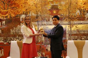 Hà Nội tiếp tục thúc đẩy hợp tác với các trường học tại Anh