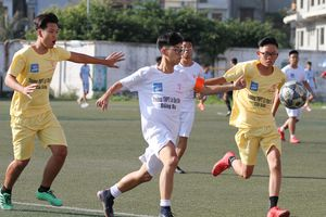 Hình ảnh lượt trận diễn ra lúc 15h chiều 31-10