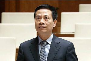 Bộ trưởng Nguyễn Mạnh Hùng lần đầu đăng đàn chất vấn