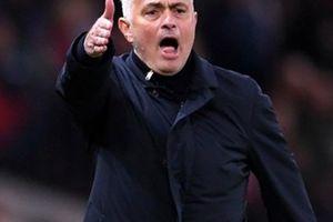 BẤT NGỜ: Chủ tịch Real mong M.U sớm sa thải Mourinho