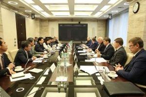 Phó Thủ tướng Trịnh Đình Dũng thăm tập đoàn Rosteskh và RZD (LB Nga)
