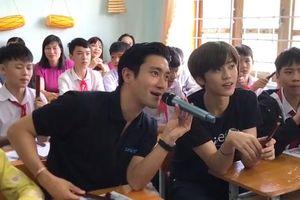 Sao Hàn truyền cảm hứng cho trẻ em Kon Tum