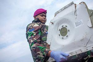 Nóng: Tìm thấy phần thân chính của máy bay Indonesia bị rơi xuống biển