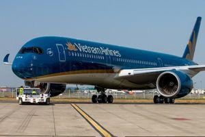 Máy bay A350 của Vietnam Airlines bị xịt lốp khi hạ cánh tại sân bay Nội Bài