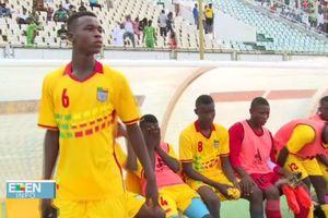 Gian lận tuổi, 10 cầu thủ trẻ châu Phi bị bỏ tù