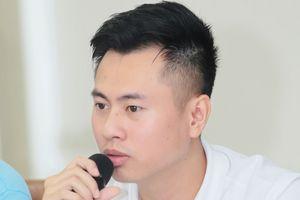 Sau phát ngôn chỉ trích Như lời đồn, Dương Cầm sẽ đưa 'nhạc kịch' lên sân khấu