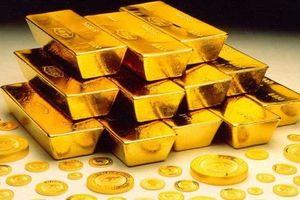 Giá vàng tiếp tục lao dốc ngày cuối tháng