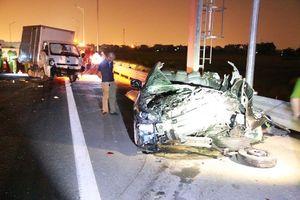 Tai nạn thảm khốc ở cao tốc Quảng Ninh - Hải Phòng, nhiều người chết