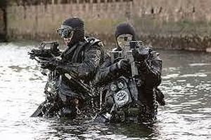 Người nhái Hải quân Nga phá kỷ lục lặn sâu nhất