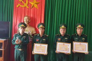 Thưởng 'nóng' đồn Biên phòng Hạnh Dịch phá chuyên án 372L