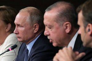 'Gạt giò' Mỹ, Iran sang một bên, Tổng thống Putin tự quyết định vận mệnh Syria?