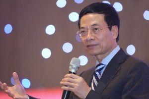 Bộ trưởng bộ TT&TT Nguyễn Mạnh Hùng lần đầu trả lời trước Quốc hội