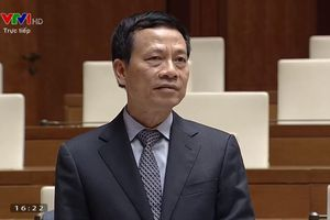 Bộ trưởng Nguyễn Mạnh Hùng: 'Mạng xã hội không phải là ảo nữa, mà thật rồi'
