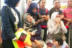 Vụ máy bay Indonesia rơi: Cuộc gọi điện cuối cùng của chàng sinh viên