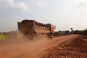 Kiểm điểm, xử lý trách nhiệm nhiều cán bộ Ban QLDA huyện Mộc Hóa