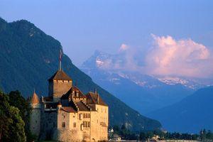 Vòng quanh 15 lâu đài đẹp nhất thế giới