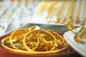 Giá vàng tiếp tục lặng sóng