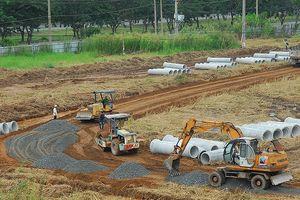 Còn 1 m2 đất nông nghiệp cũng không được làm dự án?