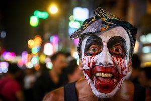 'Ma quỷ' đông đặc phố Tây Bùi Viện đêm Halloween