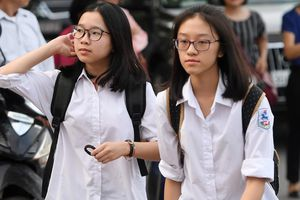 Bài giải 7 đề thi tham khảo vào lớp 10 ở Hà Nội