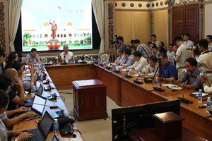 TP Hồ Chí Minh: Nóng nhiều vấn đề tại buổi họp báo tháng 10/2018