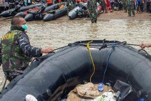 Máy bay Indonesia chở 189 người rơi: Bắt được tín hiệu hộp đen