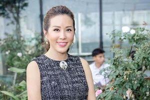 Hoa hậu Thu Hoài kể lại những đắng cay cuộc đời