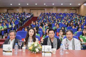 Hoa hậu Thu Ngân: Nhà giàu vượt khó