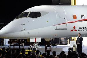 Nhà sản xuất máy bay chở khách đầu tiên của Nhật Bản ngập trong nợ