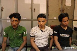 3 thanh niên trộm xe máy 'cắm' nửa triệu đồng