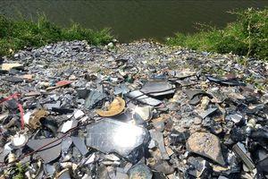 Liên tiếp đổ trộm rác thải nguy hại vào Khu Di tích lịch sử quốc gia đặc biệt Đền Hùng
