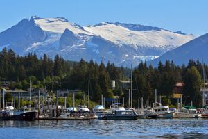 Giới chuyên gia: Mỹ rút khỏi hiệp ước INF - Nga đòi lại Alaska