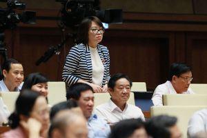 Tranh luận nảy lửa về trách nhiệm Bộ trưởng