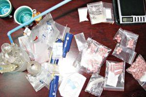 Khánh Hòa: Phát hiện hành khách mang chất nghi ma túy lên máy bay