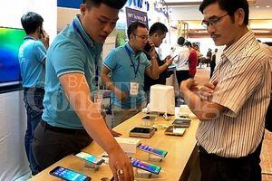 Thị trường smartphone - Thương hiệu Việt tìm chỗ đứng ở thị trường ngách