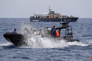 Tìm thấy hộp đen máy bay Indonesia rơi, bí ẩn sắp được giải mã